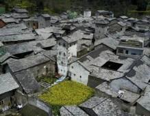 独特的屯堡古建筑村落——贵州本寨古村 (4)